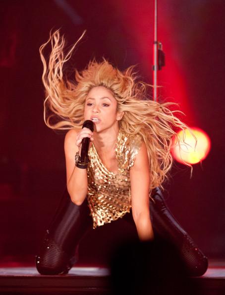 Shakira performance